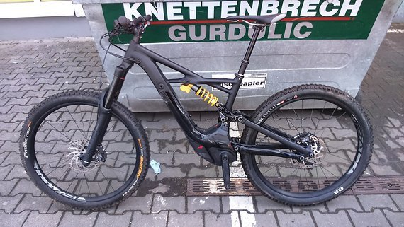 Specialized Kenevo Expert 6Fattie/29 Medium Black