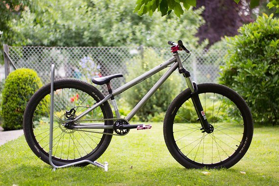 YT Industries First Love Custom