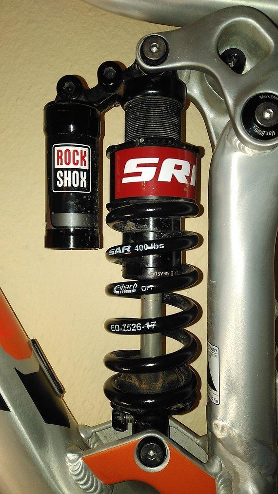 RockShox VIVID Coil R2C 216x63 mm M/M-Tune mit SA Racing Spring