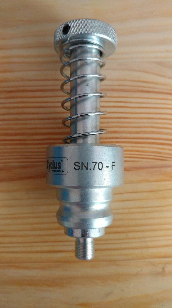 Cyclus Tools SN.70-F snap.in Führungsbolzen für Innenlager mit M8x1 Gewinde