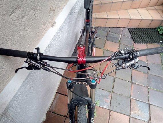 Scott Genius Custombike 910 in L Crankbrother cobalt 3 Laufräder