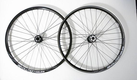 """Transition Bikes TBC Revolution Trail 15mm // 12*142mm Laufradsatz 2014 26"""" von"""