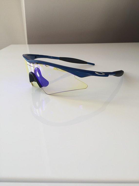 Oakley M Frame yellow blue iridium