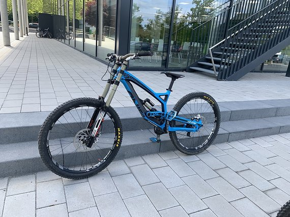 YT Industries TUES CF PRO 2015 (M)