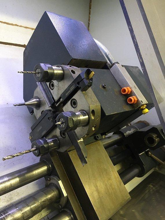 Wabeco CC-D100 CNC Drehmaschine mit Werkzeugwechsler