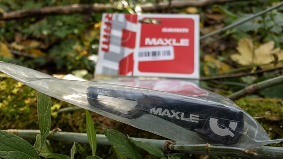 SRAM Maxxle Achse 142x12 - neu und unbenutzt