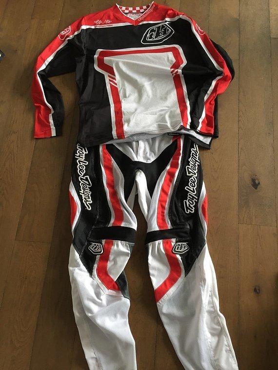 Troy Lee Designs GP Jersey + Pants, Gr. L