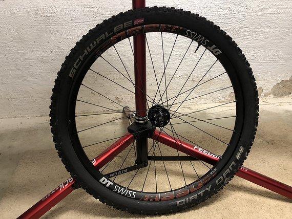 DT Swiss Laufradsatz FR 1950 27,5 650B 12x157 20x110
