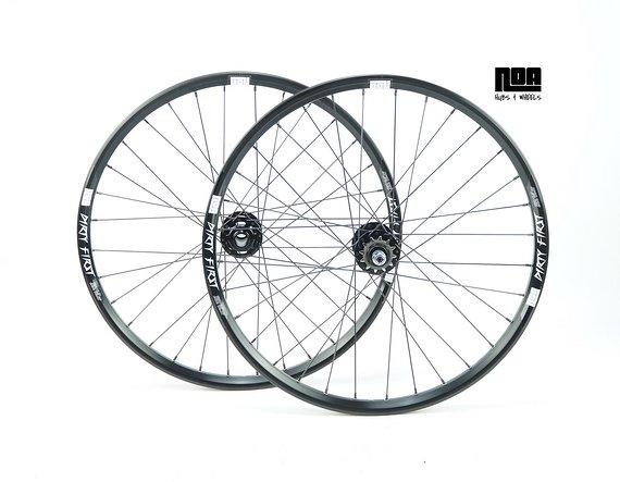 """Noa DIRTY FIRST 24"""" Singlespeed Laufradsatz mit Noa-BL-SSP / DH Naben / Bike-Lädle Laufradbau / Noahubs"""