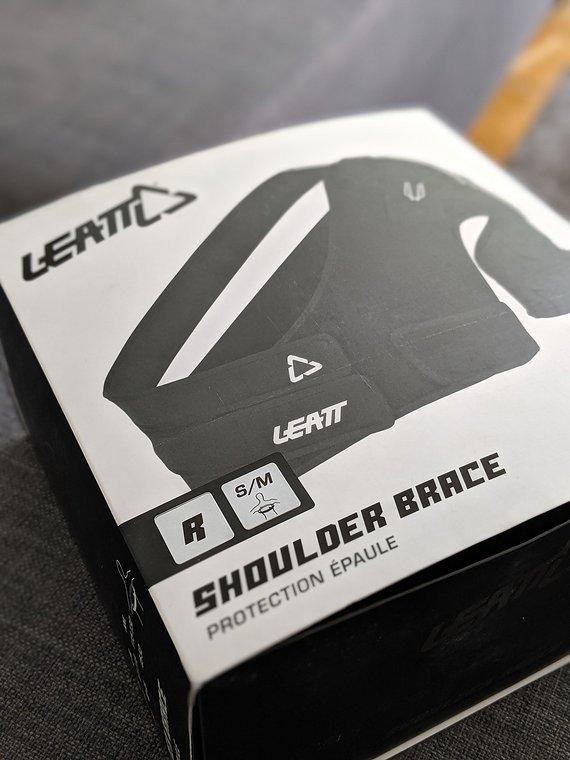 Leatt Shoulder Brace S/M, 2 mal getragen