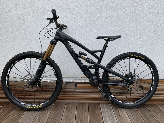 YT Industries CAPRA CF PRO / Fox Factory / Gr. M / 2016
