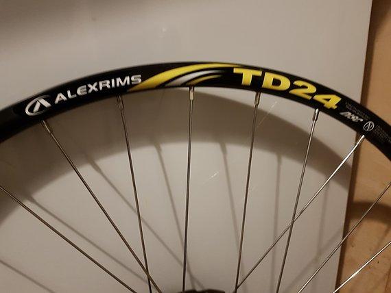 Alexrims Hinterradfelge TD24 mit Ritzelsatz 26Zoll