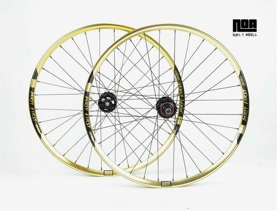 Noa DIRTY FIRST Gold Edition Laufradsatz mit Noa-BL-Evo 3 Naben / Bike-Lädle / Laufradbau