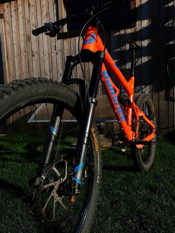 Banshee Rune (2016) L / Large Komplettbike, Ribbon Coil, DBAIR