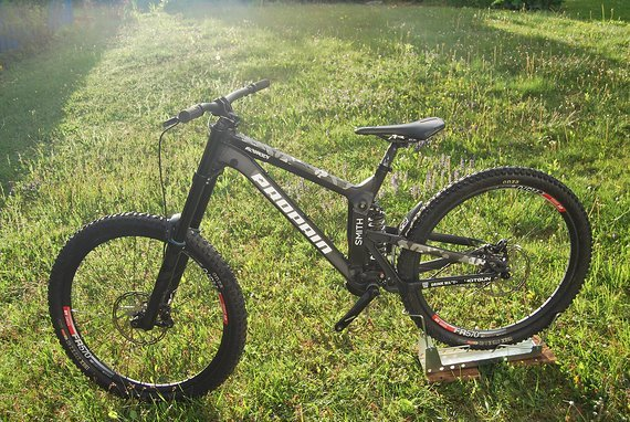 Propain Rage 650b / 27,5 / custom Matt Black/Camo / S *Preisupdate*