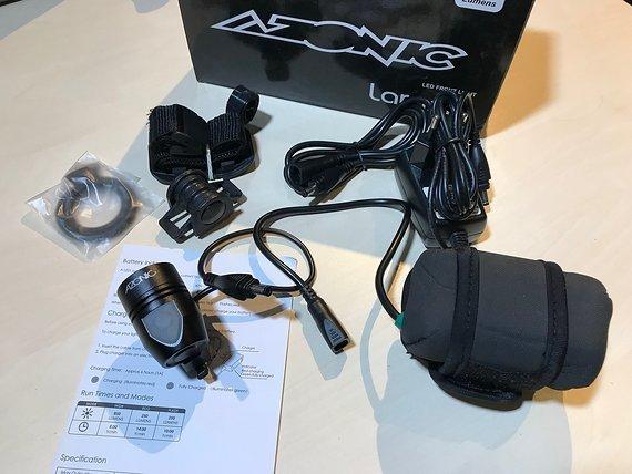 Azonic Laramy 850 Lumen LED Lampe mit Akku & Ladegerät *VERSANDKOSTENFREI*