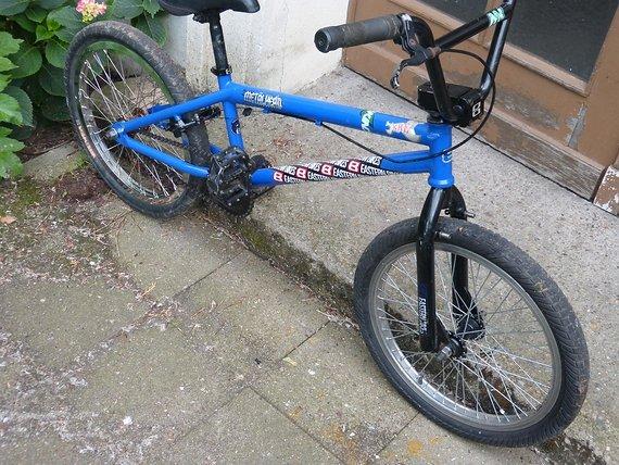 Eastern Bikes Metalhead 20'' + 3 Paar Pegs + Lenker +Bremse