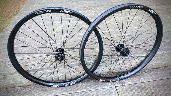 "Panchowheels Defy carbon 29"" Enduro custom Laufradsatz 1540g, NEU!!"