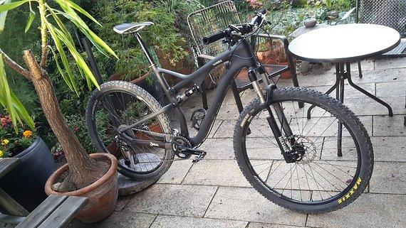 29Er Custom Made Kubis Bike Carbon Fully Gr. L/xl Shimano XT / RockShox / Maxxis / Ritchey