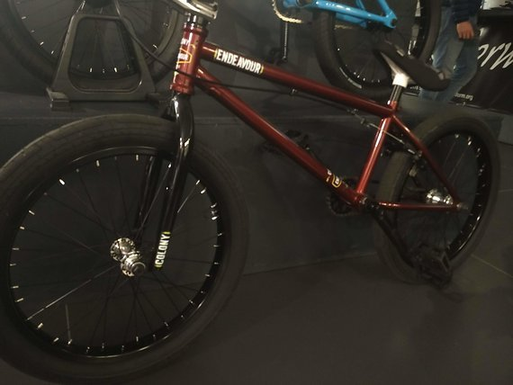 Colony Bikes BMX 21 Zoll Endeavour Metal Red