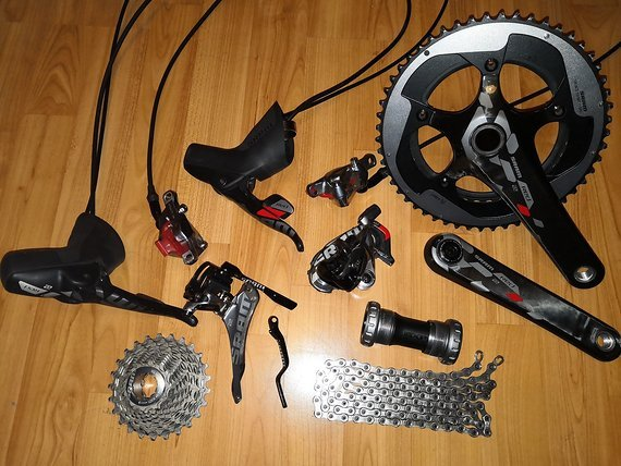 SRAM RED 22 Hydraulic, 2x11-sp / 2x11-fach GXP groupset