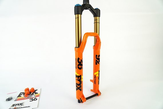 Fox  Racing Shox Fox 36 Factory FLOAT 29 Grip 2 Orange Boost Modell 2019, Sonderpreis!