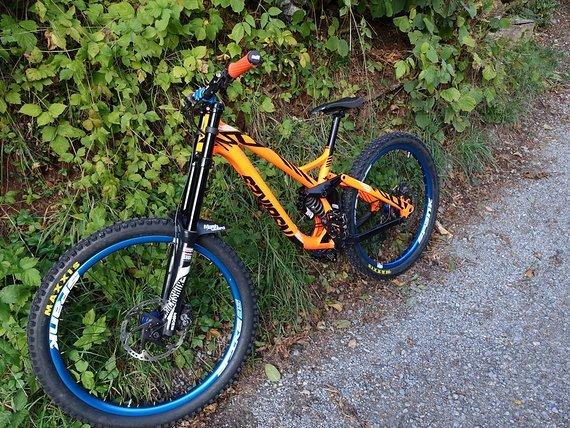 NS Bikes Fuzz 650B DH orange Größe M Modell 2016 bike