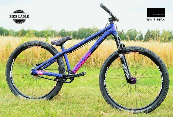 NS Bikes Decade Custom Pumptrack/Dirt/Street/Skatepark Bike , Noa-Bl-Evo-1 ,Sram Level ,Spank Spoon ,Rock Shox Reba ,MVTE,NoTubes ZTR Arch MK3,Schwalbe Table Top