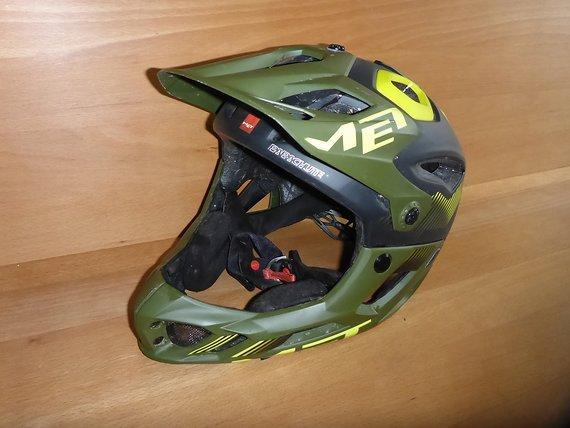 MET Parachute 59-62 L Fullface Enduro Helm  2 mal getragen