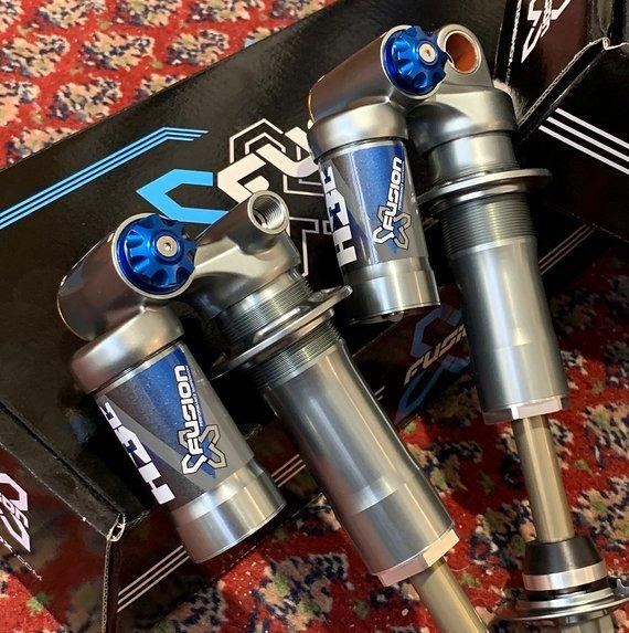 X-Fusion H3C Dämpfer Trunnion / Metrisch