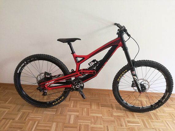 YT Industries Tues CF Pro LE (M) RED, Magura MT7, Sram x0