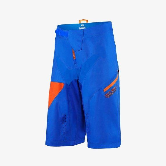 100% Nova Royal DH Shorts Gr. 32 *NEU*