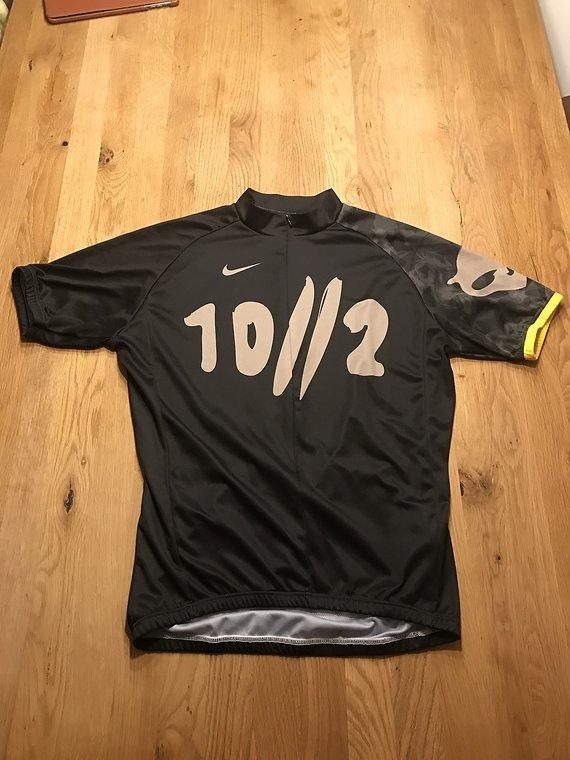 Nike Trikot Armstrong Edition L