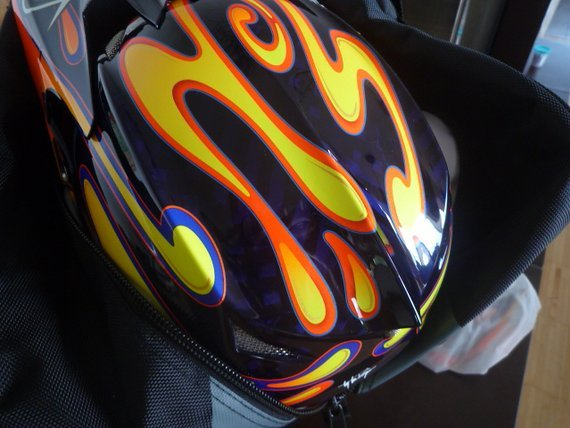 "Troy Lee Designs D3 Carbon ""Squirt"""