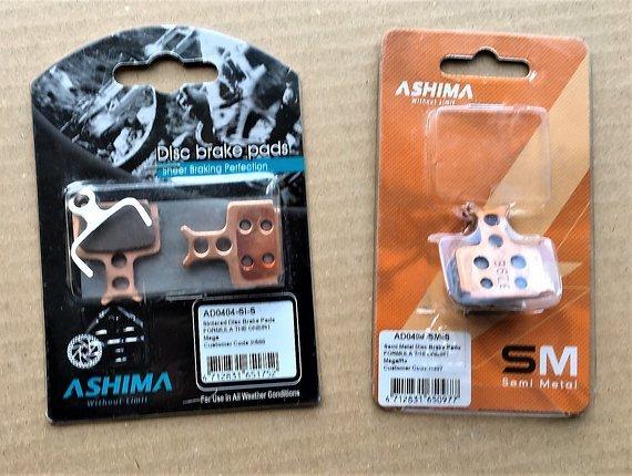 Ashima Semi Metalic Bremsbelagssatz (4 Einzelbeläge) für Formula R1/T1/Cura