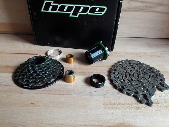 Hope Kassette 10-24 7-fach + Pro4 Freilauf+Kette