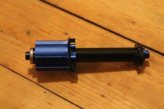 Zipp 188 V7 Campagnolo Freilauf Adapter mit Achse