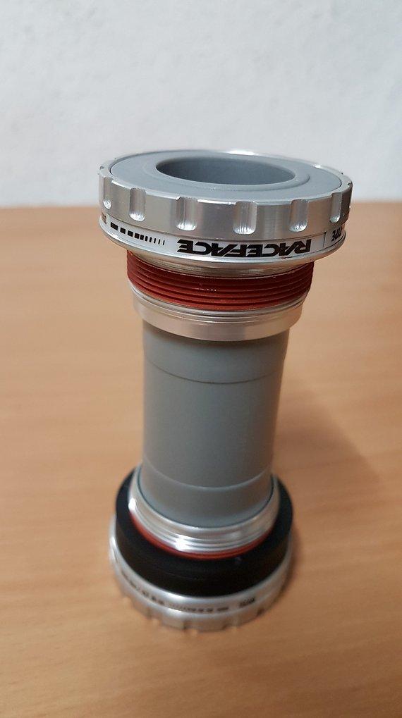 Race Face BSA 68/73mm Lager / Hollowtech