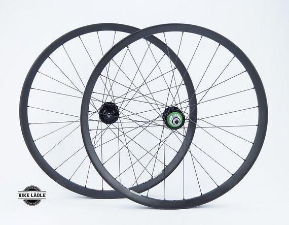 """Syntace C33i Carbon Laufradsatz 27,5"""" / 650b mit Hope Pro 4 EVO Naben / Bike-Lädle Laufradbau"""