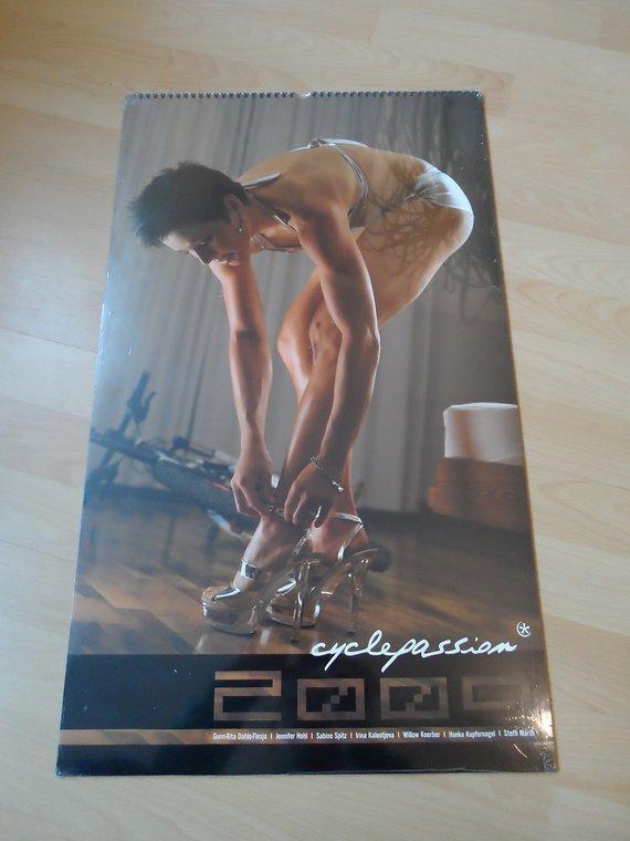 Cyclepassion Kalender 2009 rar mit Sabine Spitz