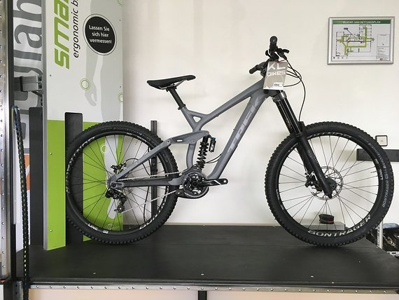 "Trek Session 8 27,5"",Gr:M,2019,UVP:3999Euro,(Messerad)"