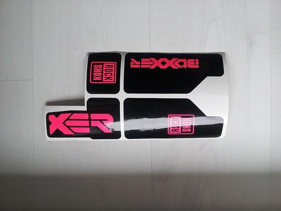 Gabeldecals Rock Shox Boxxer 2010-2013 Gabel Aufkleber Satz Schwarz/Neon Pink