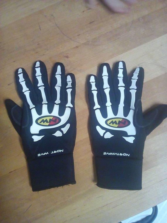 northwave winter handschuhe skeleton xl neopren softshell bikemarkt mtb. Black Bedroom Furniture Sets. Home Design Ideas