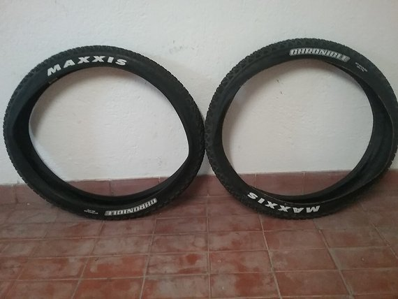 Maxxis Chronicle 27,5 x 3,00  (2 Stk)