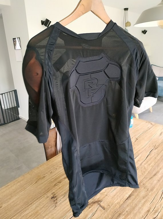 Race Face Flank Core D3O Protektorenshirt