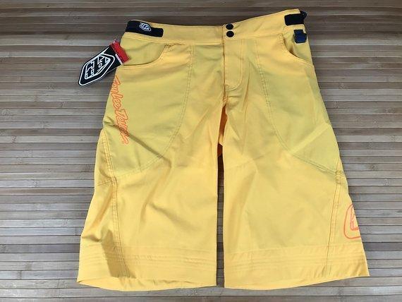 Troy Lee Designs Skyline Short yellow Gr. 32 *NEU*