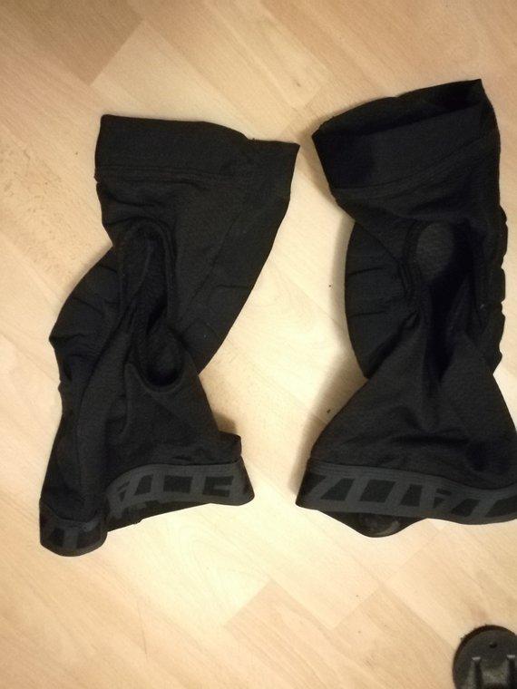 Specialized Knie Protektoren Größe M
