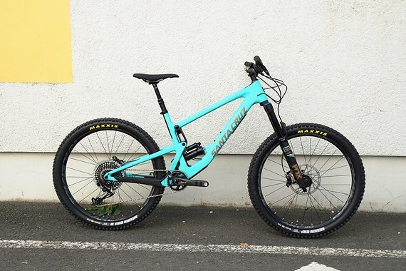 Santa Cruz Bronson CC X01 Eagle Industry Blue and Gold Gr. L auf Lager 2019