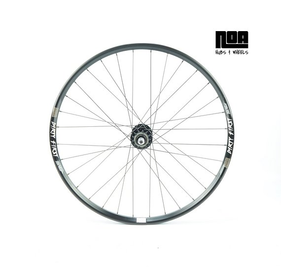 "Noa Dirty First Singlespeed Hinterrad 26"" mit Noa 120 Klicks Nabe / Bike-Lädle Laufradbau / Noahubs"