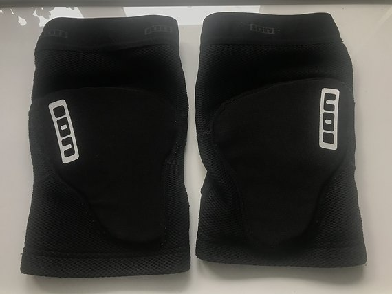 ION K-Sleeve Knieschoner schwarz Größe L